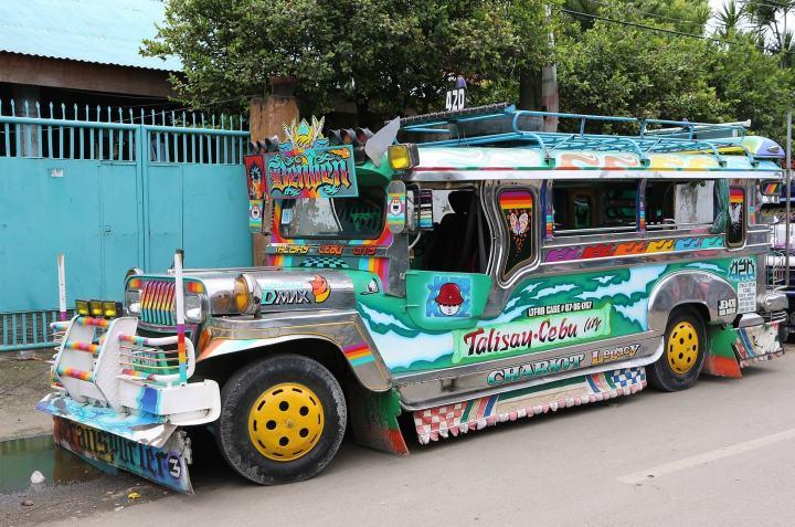 jeepney_cebu_1a.jpg
